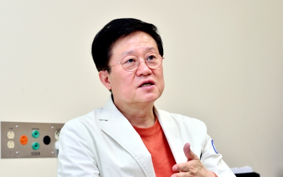 [Herald Interview] Korea's top hematologist warns against brushing off AstraZeneca blood clot link