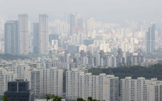 Population mobility falls for 3rd month in March