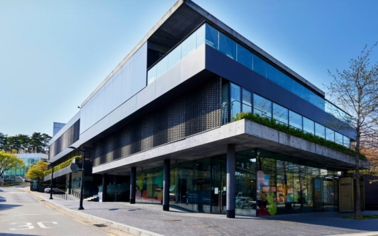 [Feature] Korea rises as Asian art hub on back of purchasing power, favorable biz climate