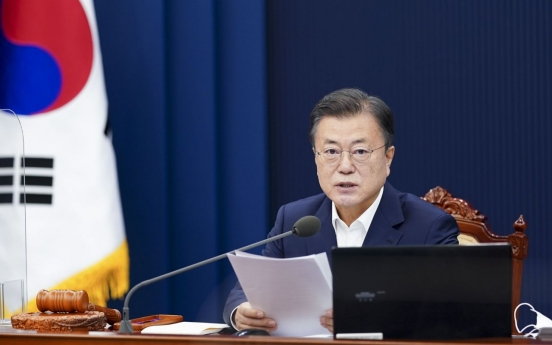 Moon accepts Air Force chief's resignation over sex assault case