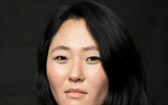 [Herald Interview] Adoptee filmmaker shocked by reality of Korea's single moms