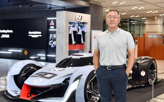 Hyundai Motor chief underlines self-driving, robotics vision during US trip