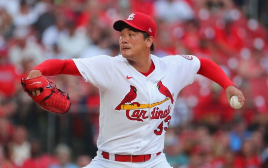 Cardinals' Kim Kwang-hyun takes no-decision in another abbreviated outing