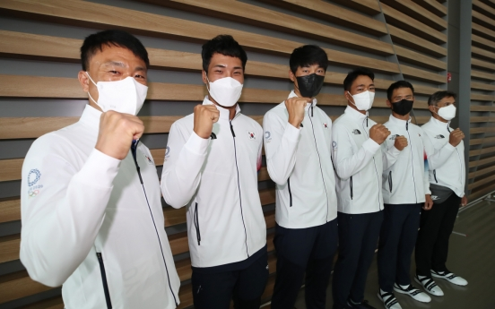 Sailors become 1st S. Korean athletes to arrive in Tokyo for Olympics
