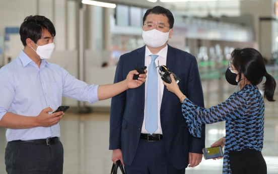 Vice FM Choi says Soma's remarks affected Moon's decision not to visit Japan
