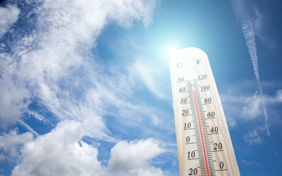 Sweltering heat continues to bake S. Korea