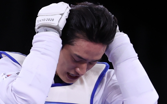 [Tokyo Olympics] Taekwondo star Lee Dae-hoon stunned in round of 16