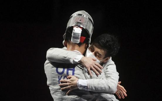 [Tokyo Olympics] S. Korea defends gold in men's team sabre fencing