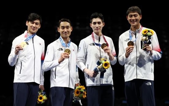 [Tokyo Olympics] Gold medal just the beginning for S. Korean sabre fencing