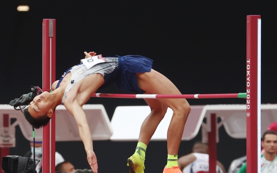 [Tokyo Olympics] High jumper Woo Sang-hyeok qualifies for final, first S. Korean athlete in 25 years