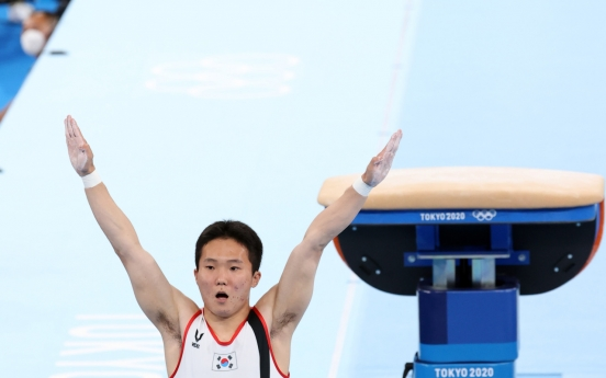 [Tokyo Olympics] Gymnast Shin Jea-hwan wins gold in men's vault