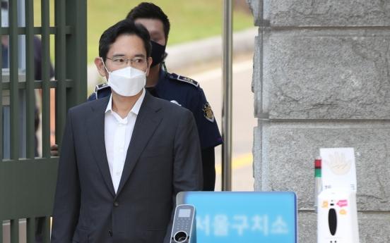 Samsung shares slump amid leader's release on parole