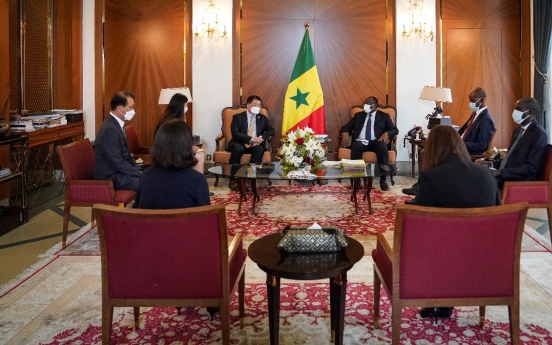 Vice FM meets Senegalese leader, discusses bilateral cooperation