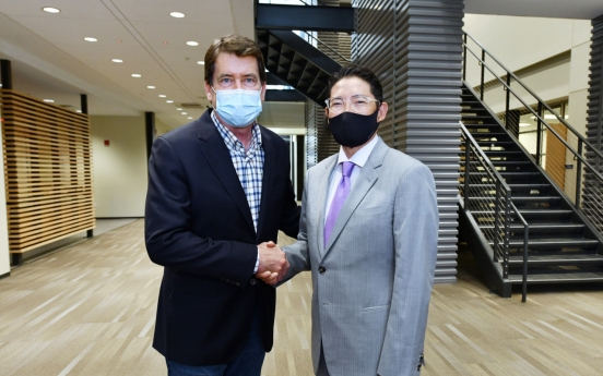 Hyosung Group Chairman Cho Hyun-joon calls for aggressive US push