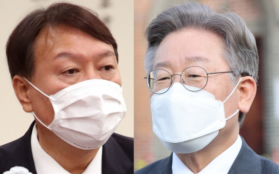 Gyeonggi Gov. Lee retakes lead over ex-prosecutor general in presidential hopeful poll amid corruption allegation