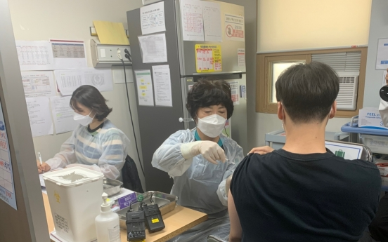 [From the scene] Teens eager to put pandemic behind them, return to school