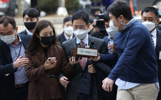 Court questions prosecutor linked to opposition's political meddling scandal