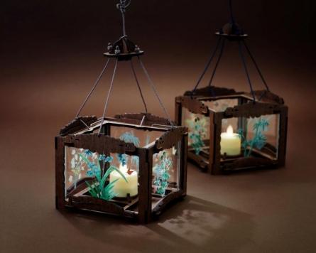 [Photo News] Joseon DIY glass lamp attracts the public