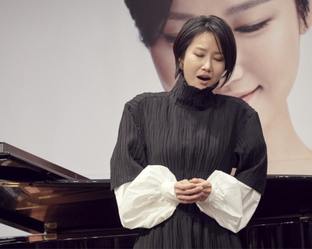 Soprano says 20th century Korean songs best way to express her 'free spirit'