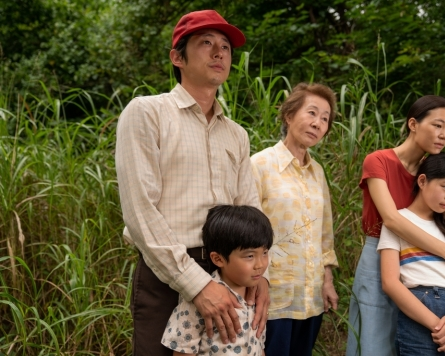 Director Chung says theme of universal humanity in 'Minari' resonates with American audience