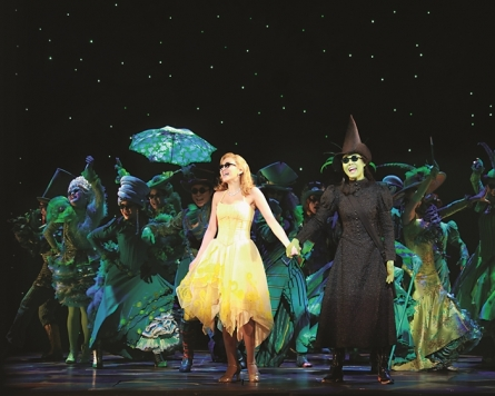 [Herald Review] Green-skinned witch makes 'Wicked' return