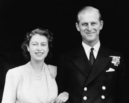Britain mourns Prince Philip; leaders honor service to Queen