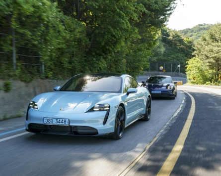 Porsche Taycan 4S shows what EVs are capable of
