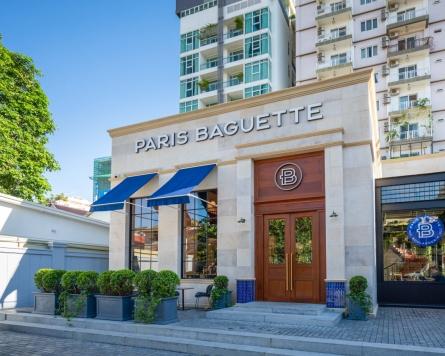 First Paris Baguette store opens in Cambodia