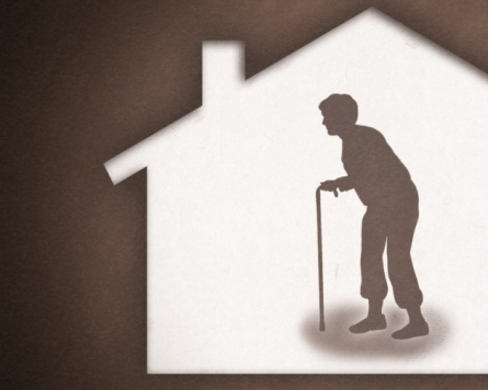 Number of seniors living alone soars 36% over 5 years
