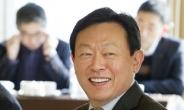 [피플앤데이터] 신동빈, 20년前 쓴 신격호 유언장 나오자…경영권 분쟁 종지부