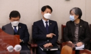 [속보]감염병예방및관리관한 법률 개정안, 거짓정보 유포금지 삭제후 의결