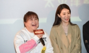 중국 영화 '니하오, 리환잉' 열기…1위 '전랑(戰狼)2' 맹추격