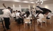 과학과 음악이 만났다…팬데믹 시대에 등장한 '코로나19' 백신 음악
