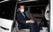 [헤럴드pic] 차에 탄 이낙연 전 더불어민주당 대표