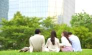 MZ 오프라인선 '잠잠', 온라인선 '펄펄'…특정 이슈에 뭉치는 '노마드'[촉!]