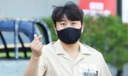 가수 김호중 '몸싸움 시비'…경찰, 폭행 혐의 조사