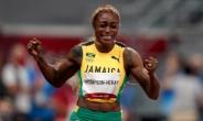톰프슨, '10초61' 올림픽 신기록으로 100m 2연패