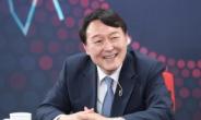 윤석열, 각종 의혹 공방에 정책발표 2건뿐…'비정규직'·'손발 노동' 발언 논란도 계속