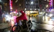 美 뉴욕, 배달 노동자 보호법 통과…최저임금·근무 환경 규제