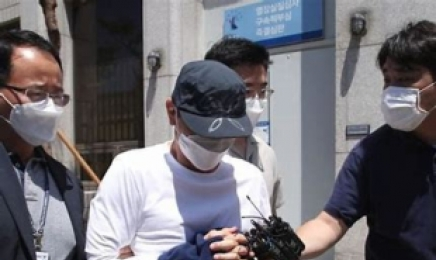 """""""문흥식이 시켜 돈만 전달"""" 광주붕괴참사 브로커, 혐의 일부 부인"""
