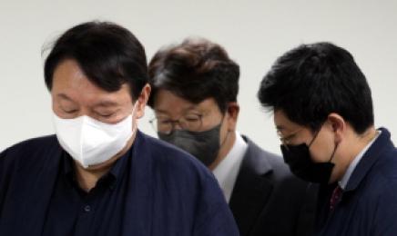 '사과'에 갇힌 윤석열 왜 이러나…전두환·노마스크, 최악의 한 주[정치쫌!]