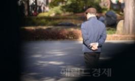 """""""기초연금 10만원 인상에 65∼70세 노동시장 참여 감소"""
