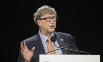 빌 게이츠도 백신 맞았다…코로나 퇴치에 4400억원 쏟아
