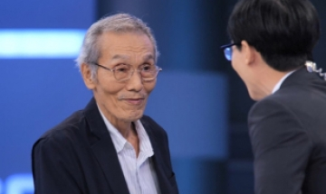'오징어게임' 58년차 배우 오영수, 미소와 감동 안겨주는 입담