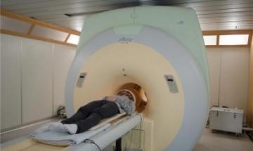 황당한 의료사고…MRI 찍던 환자, 산소통과 부딪쳐 숨져