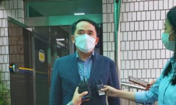 """""""천안함이 벼슬이냐"""" 최원일에 막말한 휘문고 교사, 벌금 100만원"""