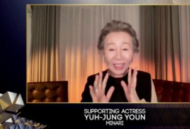 '미나리' 윤여정, 英 아카데미 여우조연상 수상
