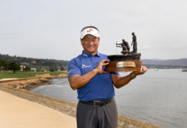 최경주, 한국인 첫 PGA 챔피언스투어 우승…시니어 무대도 평정