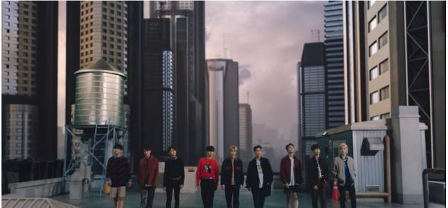 [V Report] Stray Kids unveils MV teaser