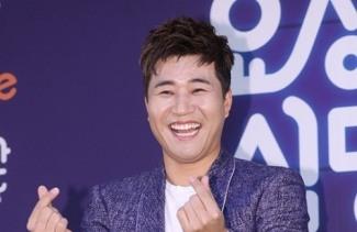 [단독]김종민, '주먹쥐고 뱃고동' 출격…반가운 원년멤버